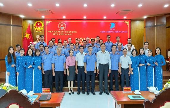 https://vks.kiengiang.gov.vn/UserUploadImages/admin/3542-1.jpg